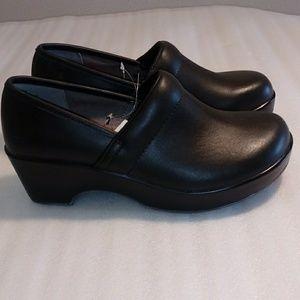 JBU clogs size 8 black